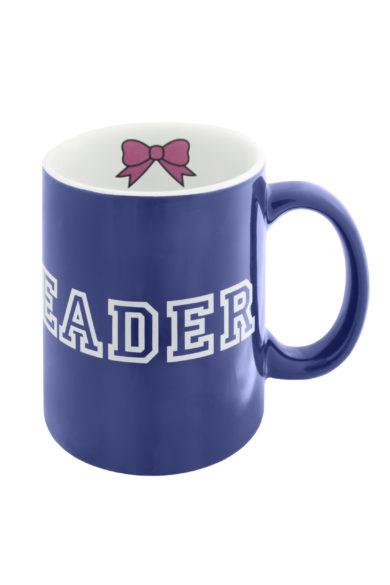 granatowy kubek z napisem cheerleader i kokardka
