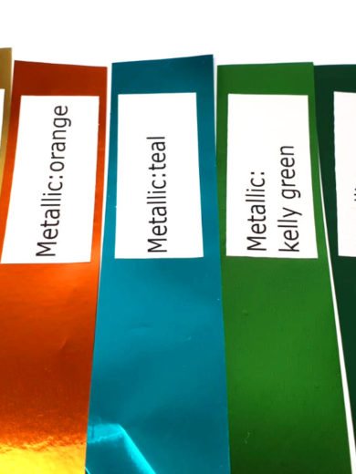 Wybrane paski kolorów pomponów metallic