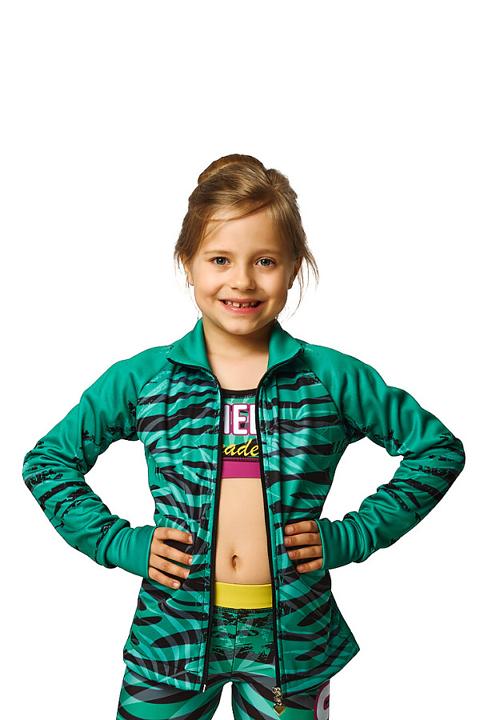 zieona-sportowa-bluza-z-nadrukiem-w-zebre